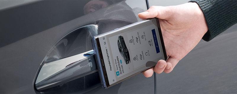 Driver Using Hyundai Digital Key